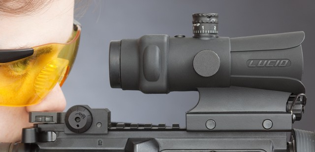 LUCID HD7 Red Dot Rifle Scope